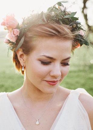 Pomysłowa Panna Młoda Fryzury ślubne Romantyczne Upięcie