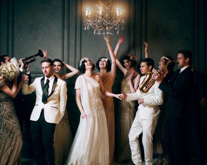pomysłowa panna młoda wesele w stylu wielki gatsby, goście weselni ubrani w stylu wielki gatsby