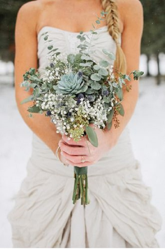 27-darling-greenery-wedding-bouquets-11